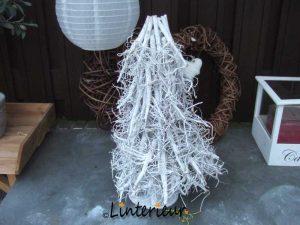 Kerstboompje van takjes
