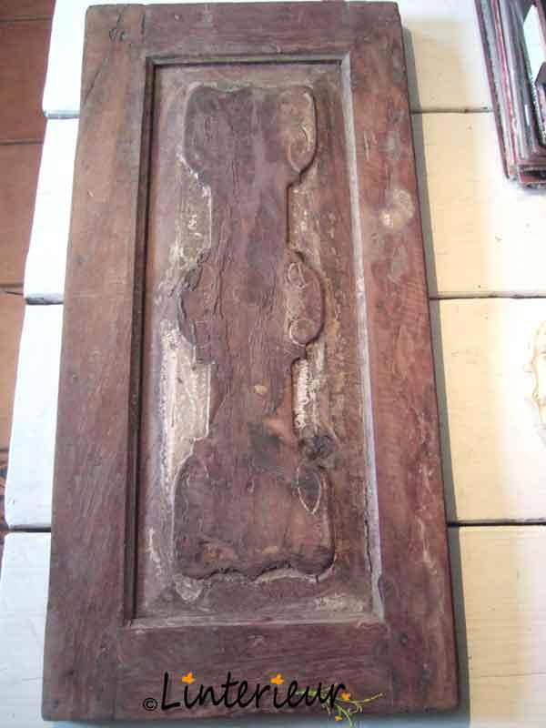paneeldeur met versiering