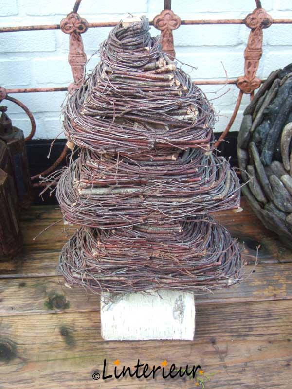 Kerstboompje van wilgenhout